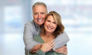 stockfresh_8381213_senior-couple-smiling_sizeS-300x179